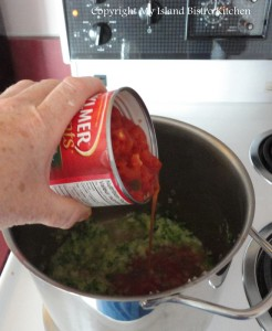 Adding Canned Diced Tomatoes to Sauce