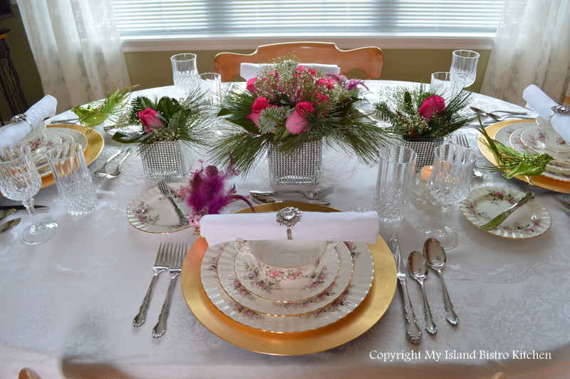Christmas Eve Tablesetting and Dinner My Island Bistro