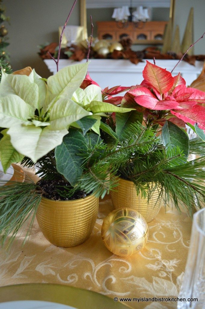 Pretty poinsettia tablescape my island bistro kitchen