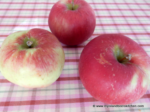 Red Free Apples
