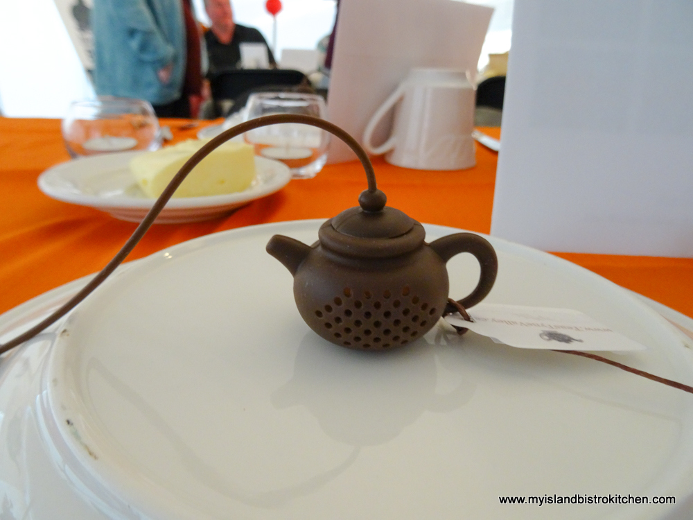 "Party Favour - Silicon Tea Strainer (At the ""Taste of Tyne Valley"" PEI Fall Flavours 2017 Event)"
