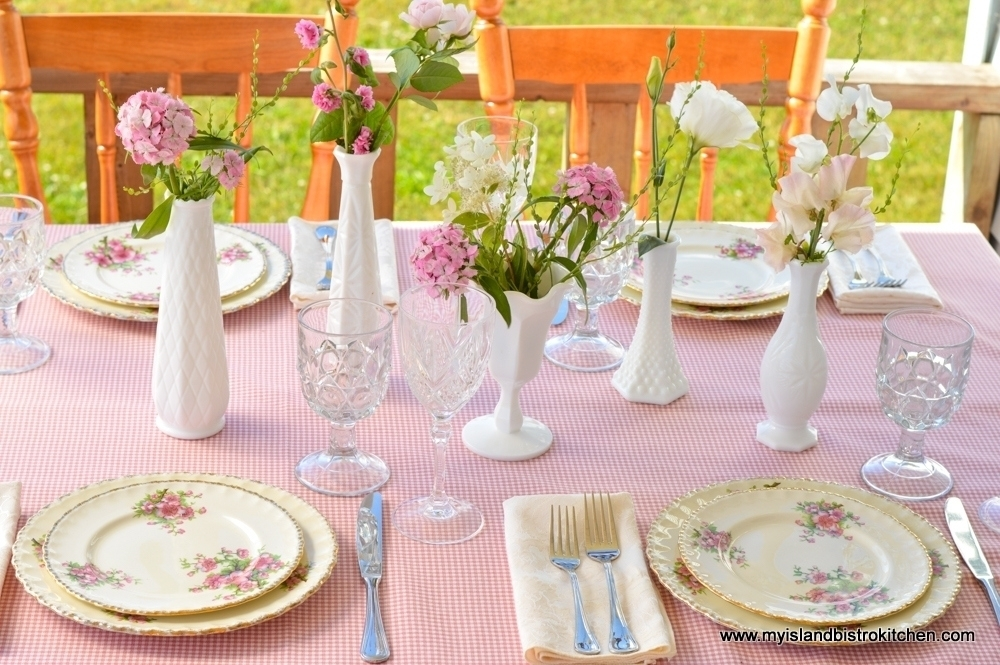 """""""Pretty in Pink"""" Tablesetting"""