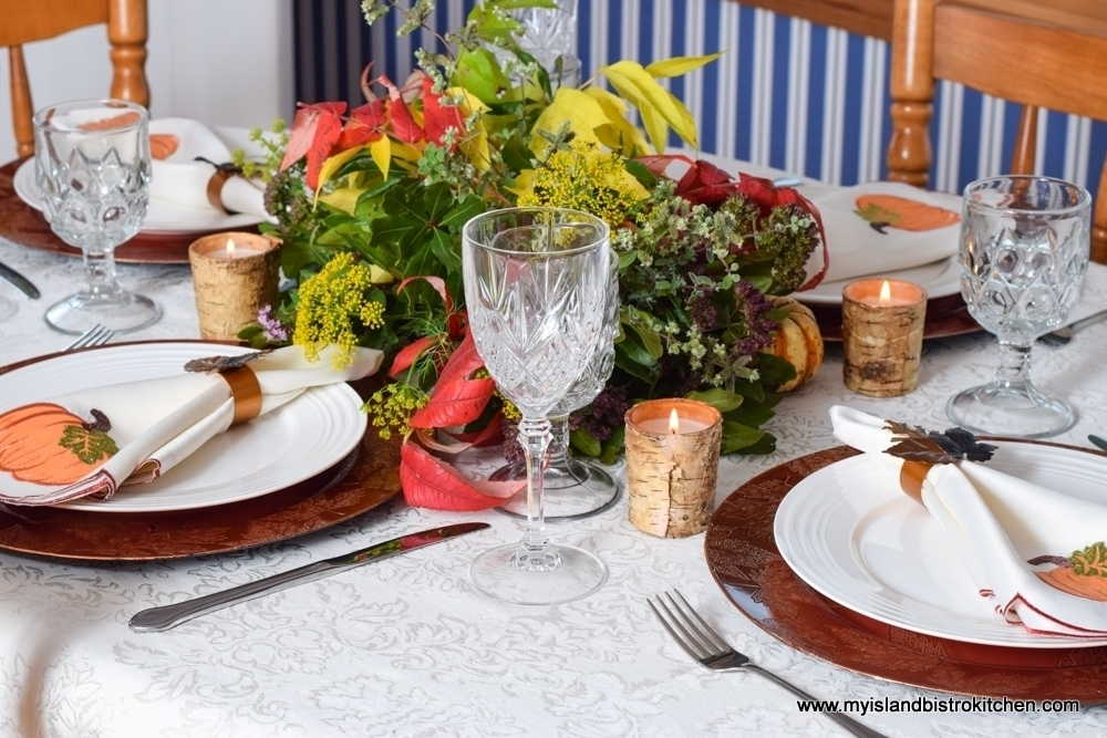 The Thanksgiving Tablesetting