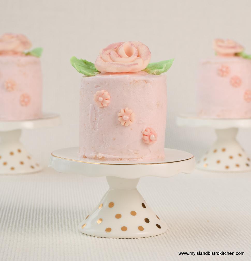 Celebratory Mini Cakes