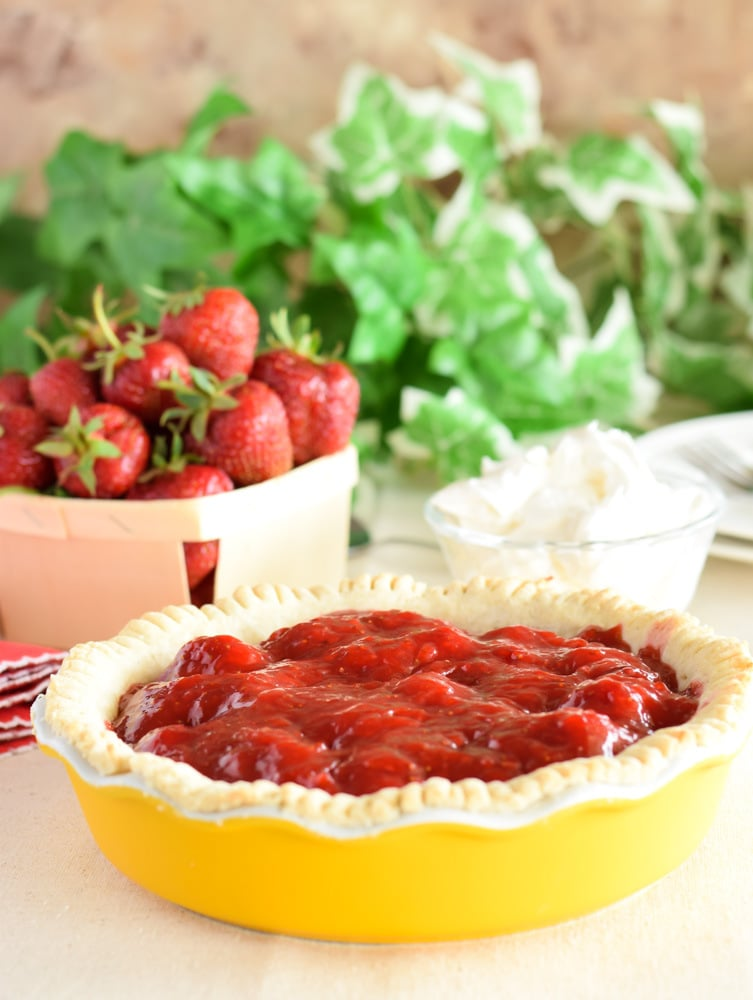 Small Strawberry Pie