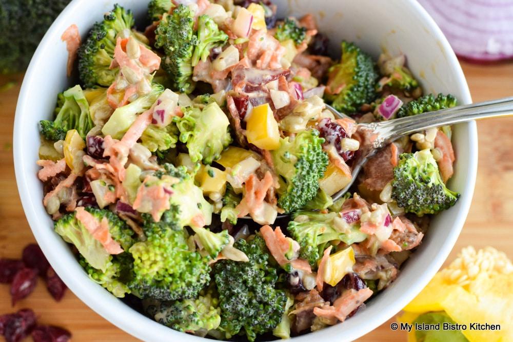 Bowl of vegetable salad